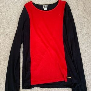 Anne Klein Tops - A women's long sleeve tee